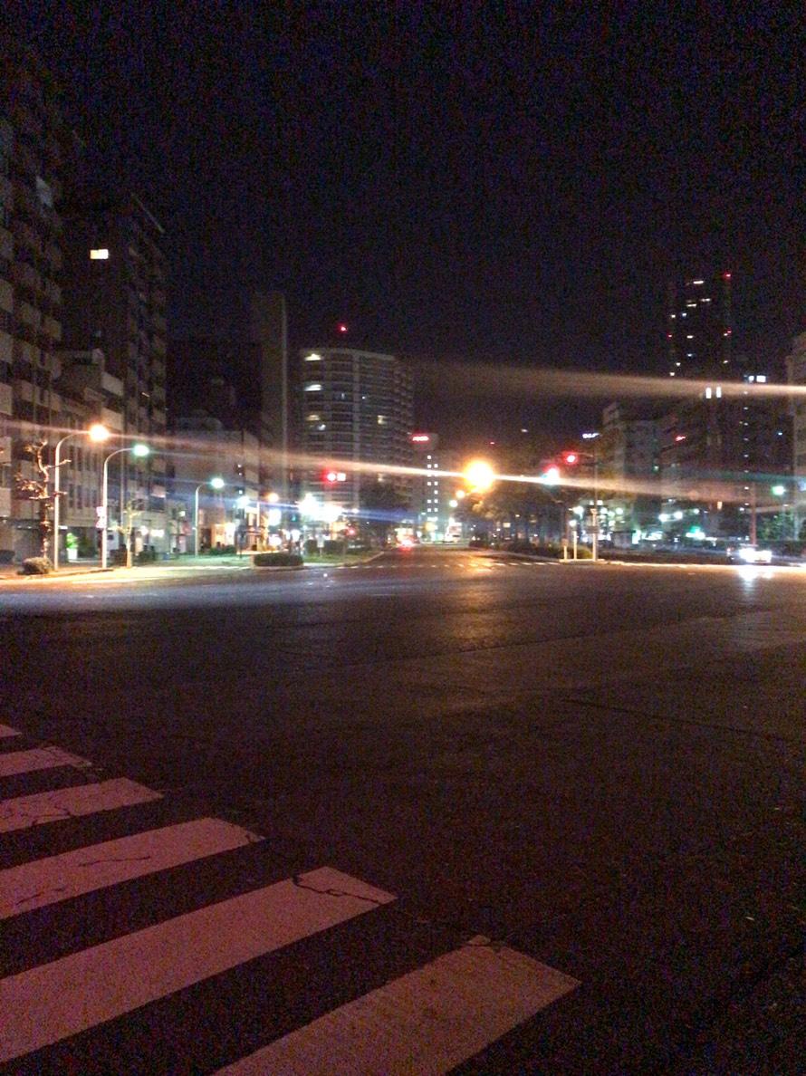 朝6時前はまだ真っ暗