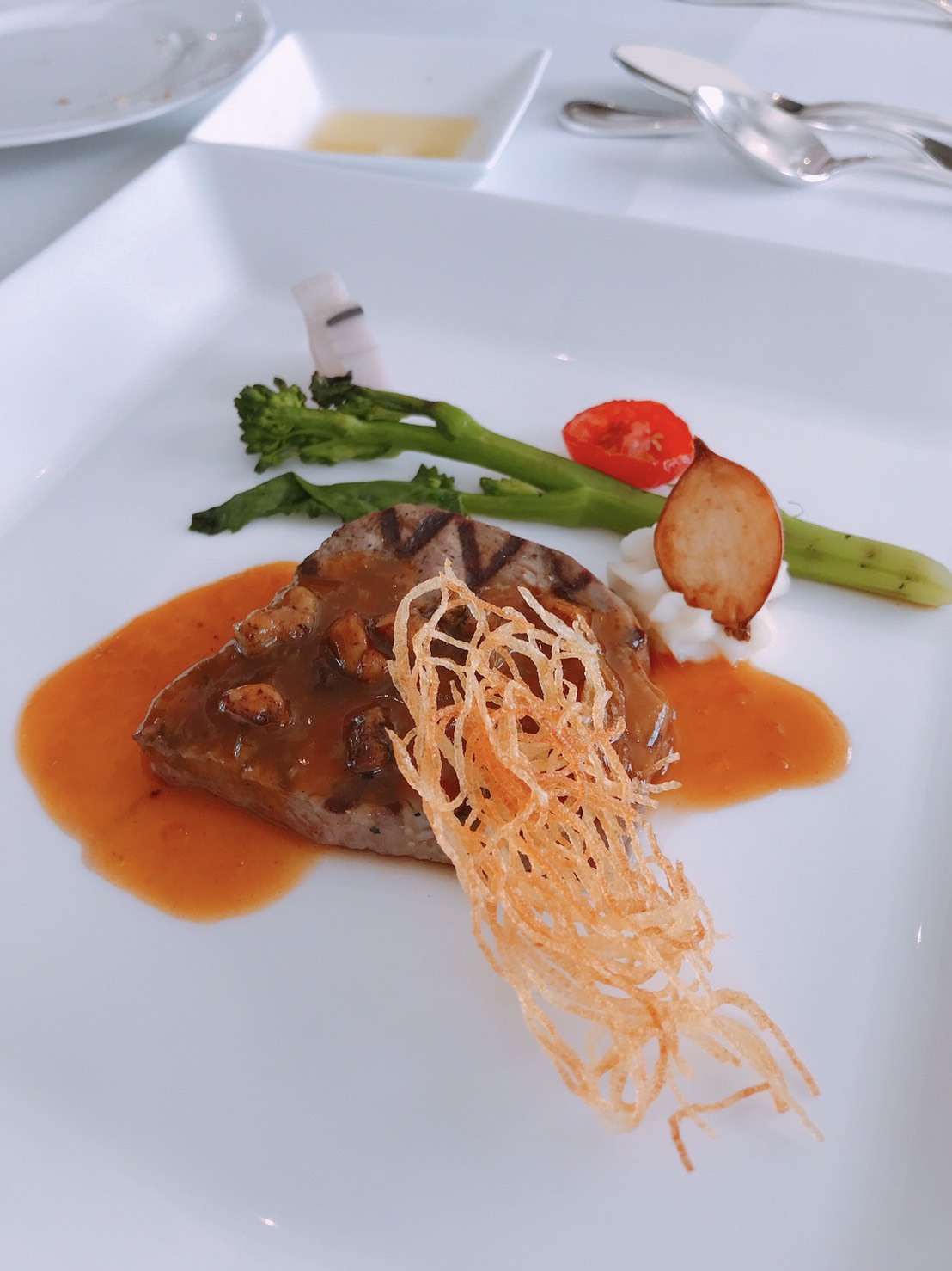 ANAクラウンプラザホテル広島の肉料理