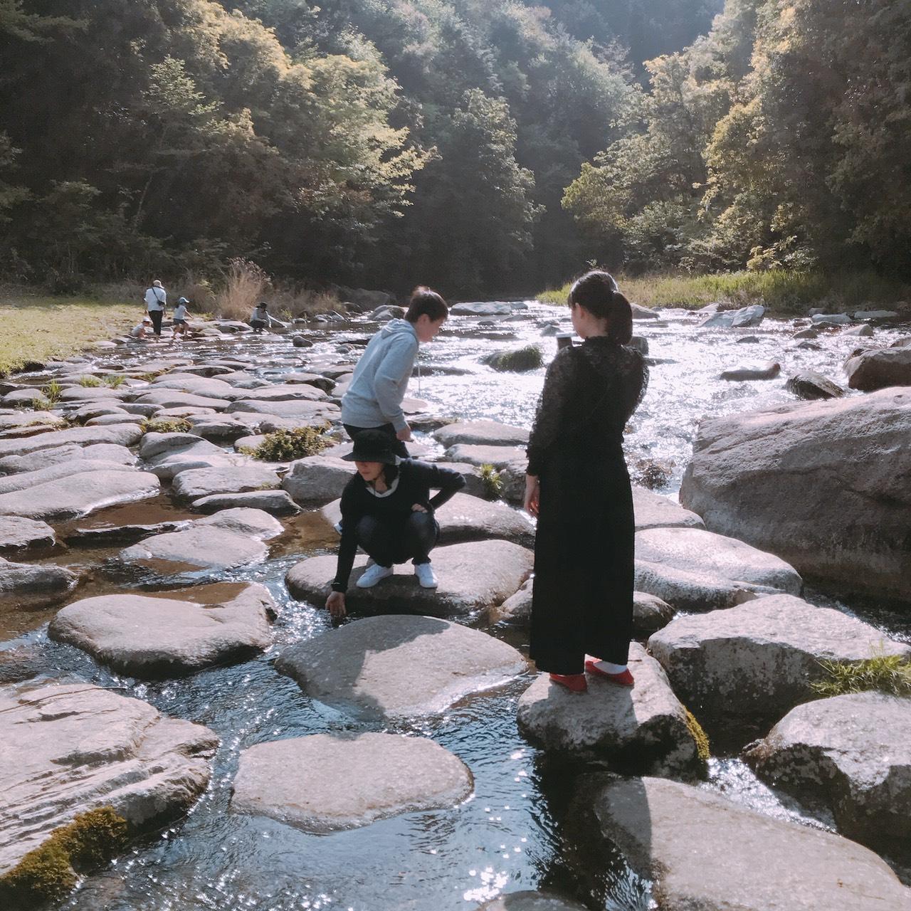 清流の郷の川