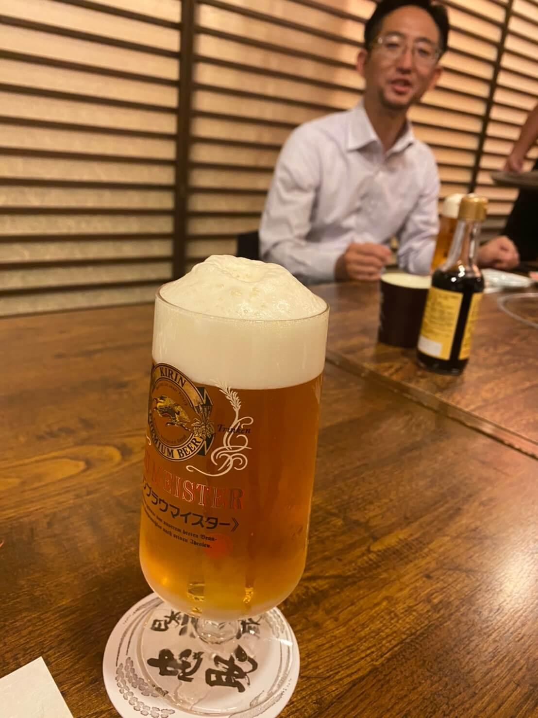 小林会長とビール